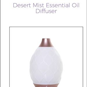 New in box YOUNG LIVING desert mist diffuser💓